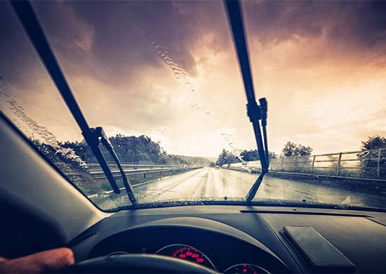 When and how to replace your windscreen wipers   Champion Parts